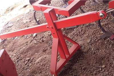 New tractor mounted lift cranes Other