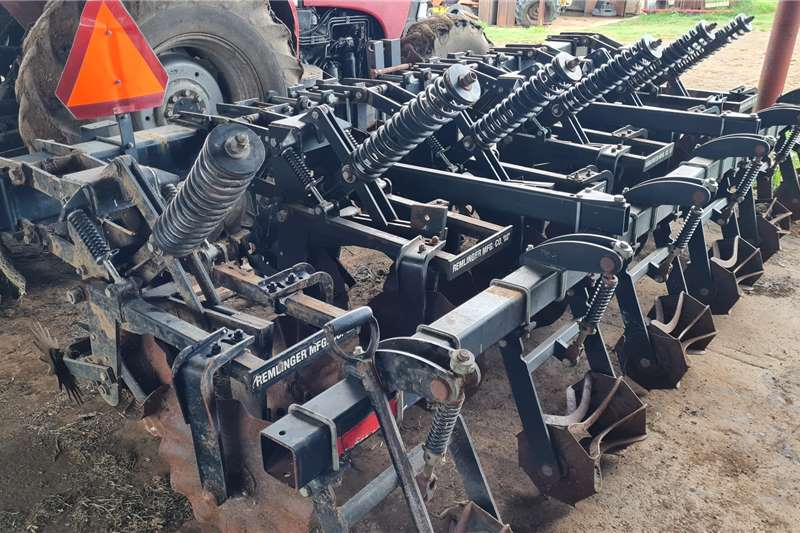 Other 6row 0.76cm Remlinger Strip Till Planting and seeding equipment