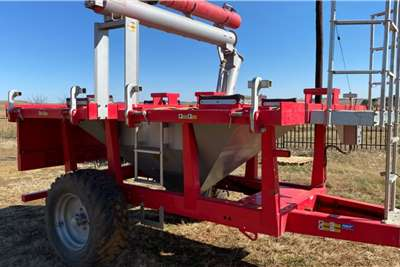 Other AgriCad Pro box seed handling system Planting and seeding equipment