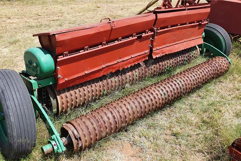 Other Drawn planters Brillion Fine Seed planter 3m Planting and seeding equipment