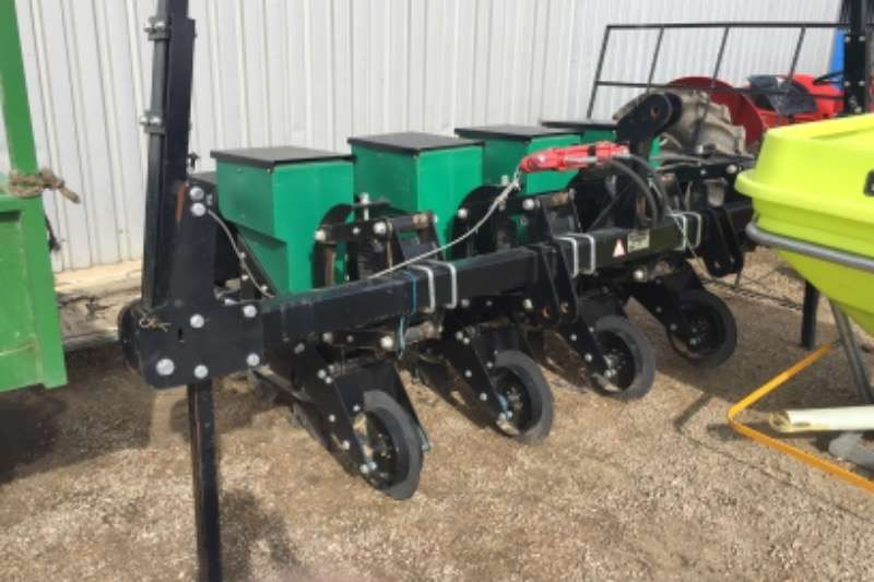 Other Planting and seeding equipment Drawn planters Piket 4 Row Econo Maize Planter 2017