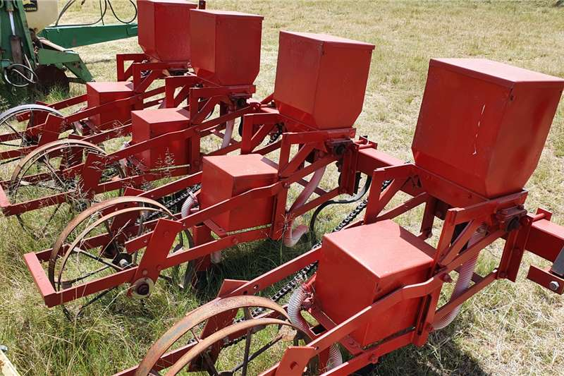 Other Row planters Neo 4 row Planting and seeding equipment