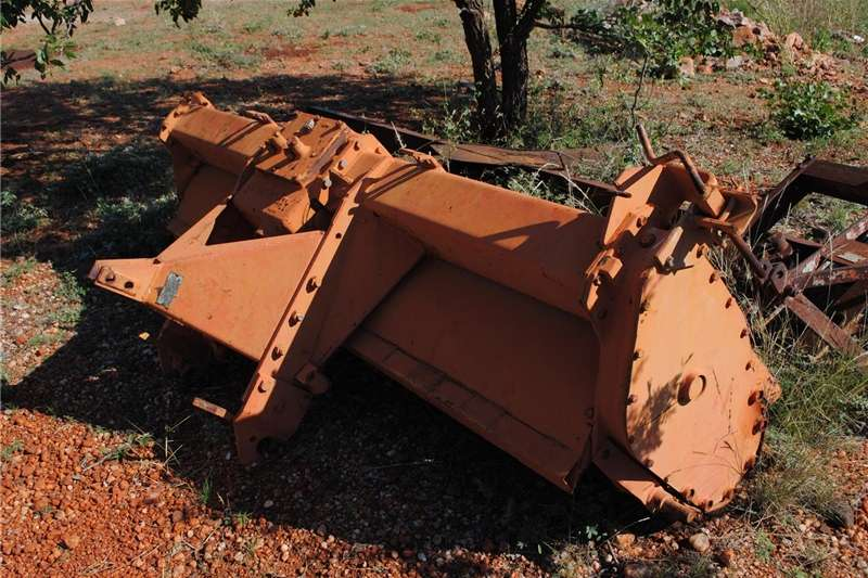 Other ploughs Rotovator