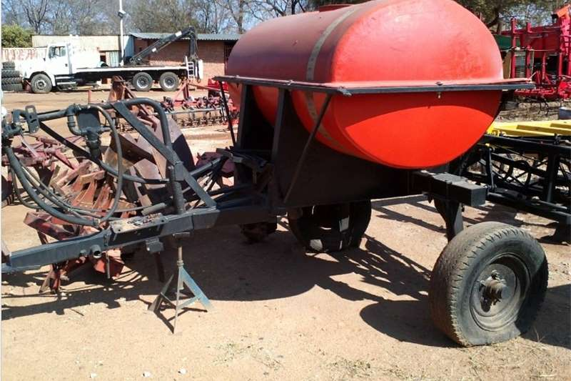 Other S1188 U Make 1500L Vetsak Boom Spray Pre Owned Imp