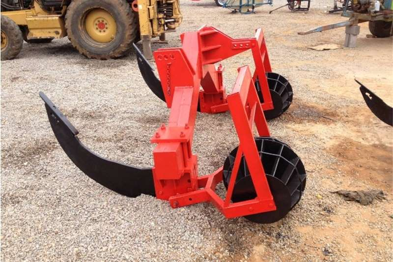 Other S207 U Make 2 Curved Tine Heavy Duty Ripper with R