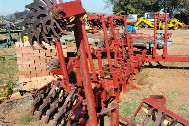 Other S3090 Red unknown 8 Row Rolling Cultivator(Rol Sko