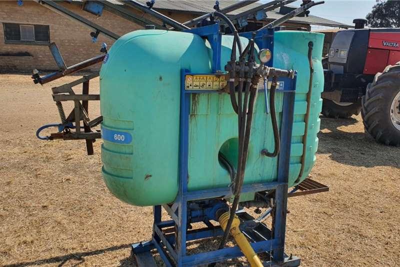 Other Boom sprayers MONTANA BOOM SPRAYER Spraying equipment