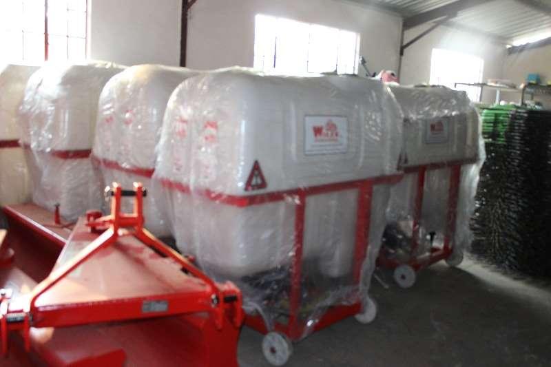 Other Spraying Equipment Boom Sprayers New Boom Sprayers 400,600,800 litre