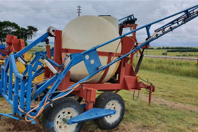Other Spraying equipment Quantum 2000 litre spray / gifspuit 18 m boom