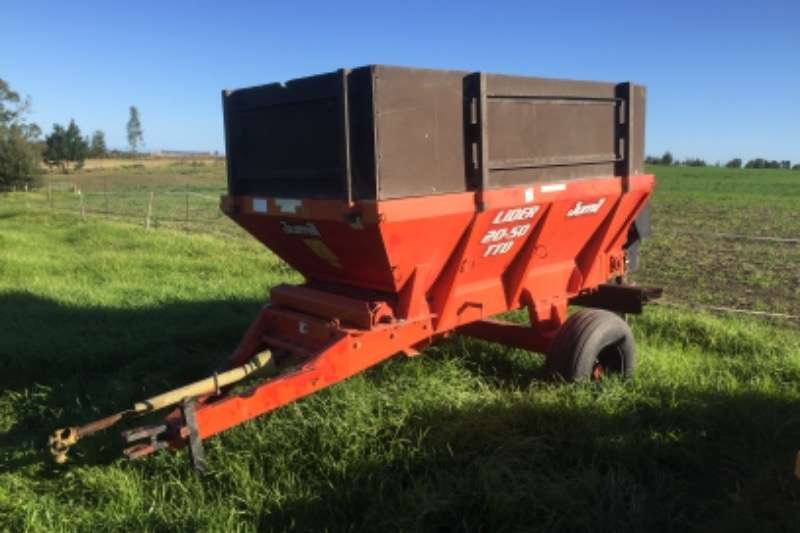 Other Spreaders Other spreaders Jumil Lider 2050 Spreader 2010