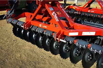 Other Metal Fach 3m Campact Speed Disc with Roller Tillage equipment