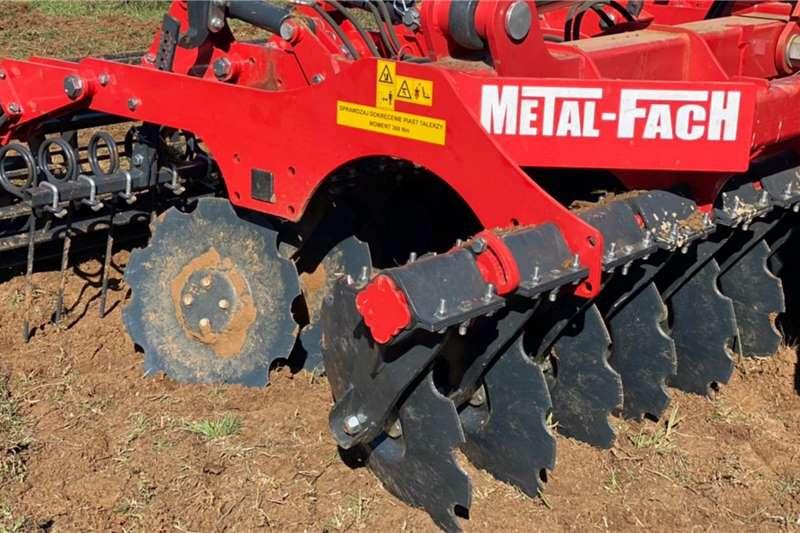 Other Metal Fach U710/1 4.5m Speed Disc Tillage equipment