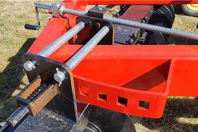 Other Off-Sets Viraks Hydraulic Disc Harrow 28 or 14 x14 Tillage equipment