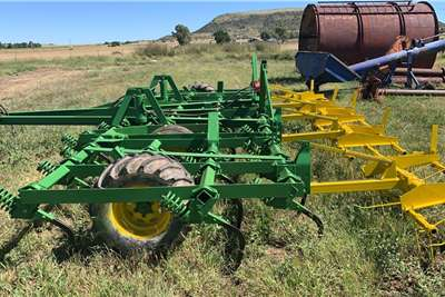 Other Ploughs 41 Tand John Shearer Beitelploeg met Harkies 7.0m Tillage equipment