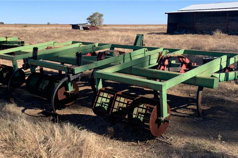 Other Rippers 5 Ry x 1,25m x 1,5m Super 25 Ripper met Roller   1 Tillage equipment