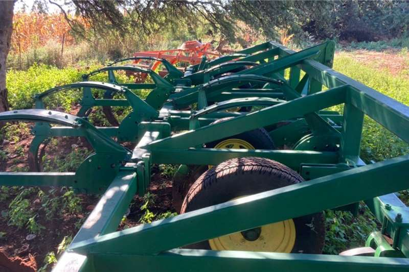 Other Rippers 8 Tand Super 18 Ripper 5m Balk Tillage equipment