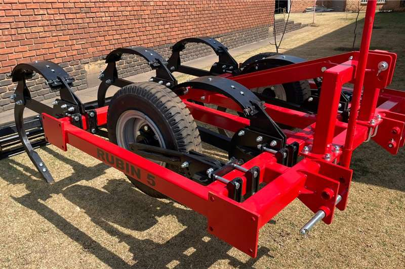 Other Rippers Rubin 5 Tyne chisel plough Tillage equipment