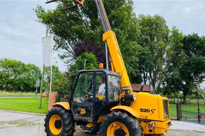 Other 4WD tractors JCB Tellehandler 526S EU Import Tractors