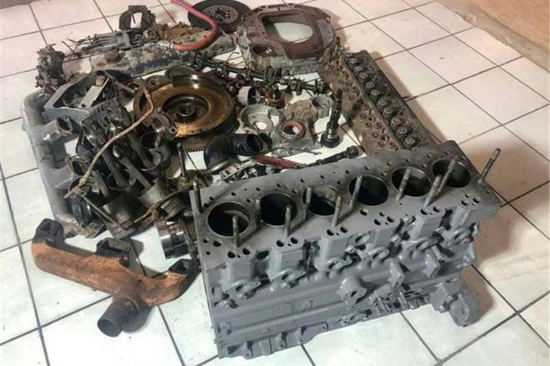 Other Tractors ADE 354 T Engine Stripping for Spares