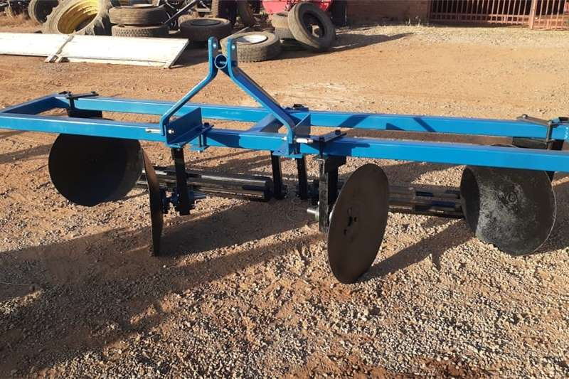 U Make Double Row Ridger with Roller Bed Maker / Other