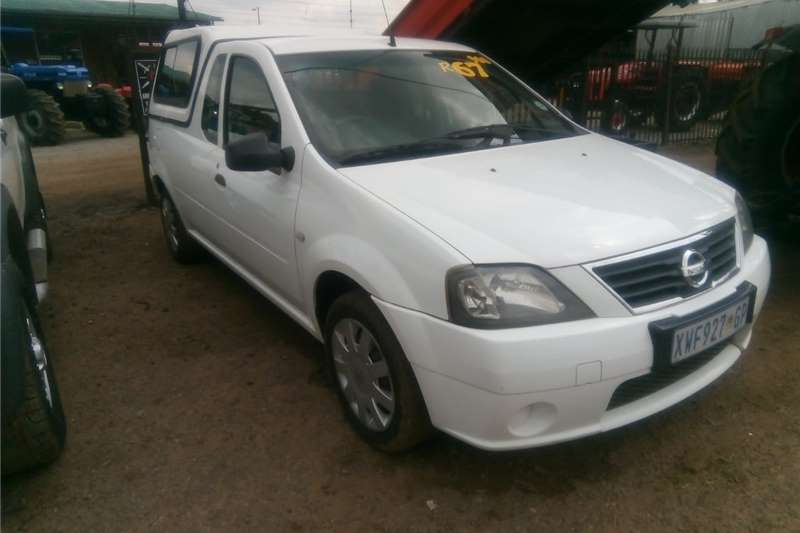 Other White NISSAN NP200 4X2 Pre Owned Car 2007