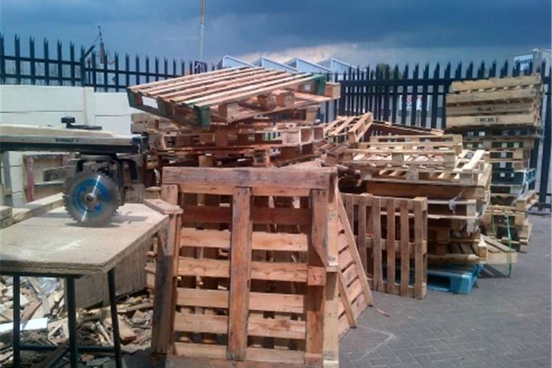 Pack house equipment Packaging material All kind of pallets ,create and boxes in stock