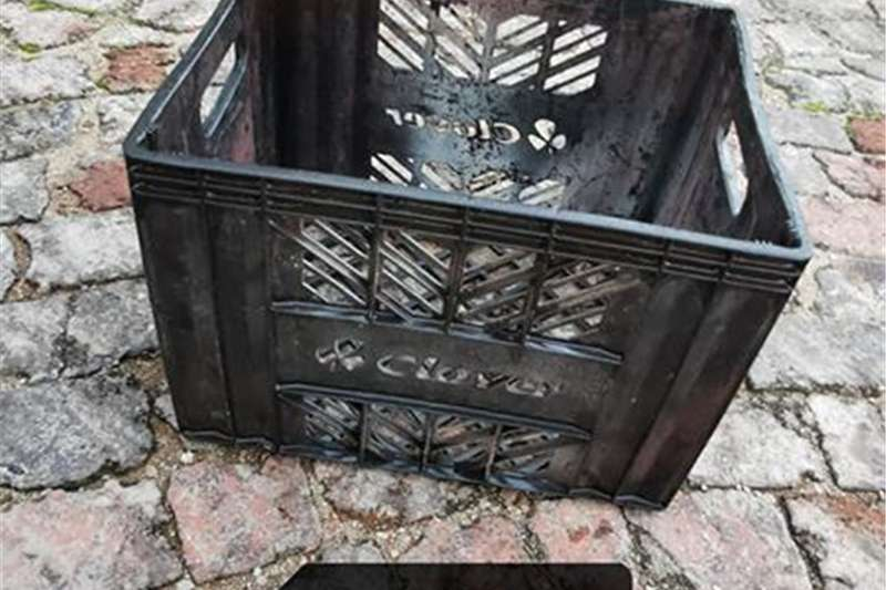 Pack house equipment Packaging material Black crate for sale