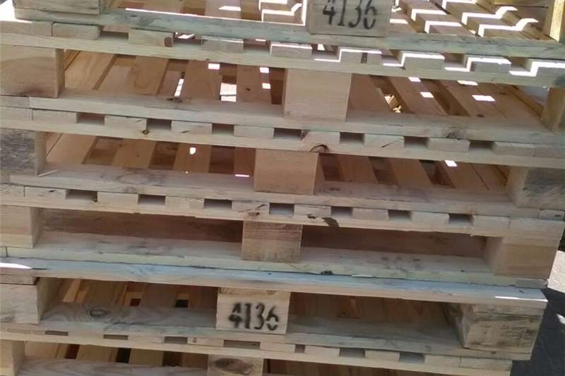Pack house equipment Pallets wooden pallets for sale @ R45 each, please call or