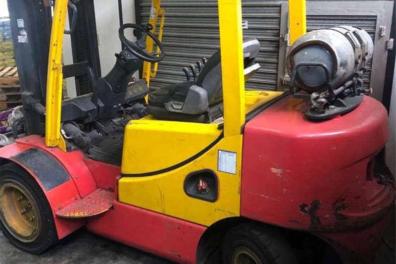 Packaging machinery  3 ton Doosan forklift for sale Packhouse equipment