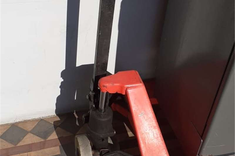 Packhouse equipment Packaging machinery  Pallet Jack 3.5 ton