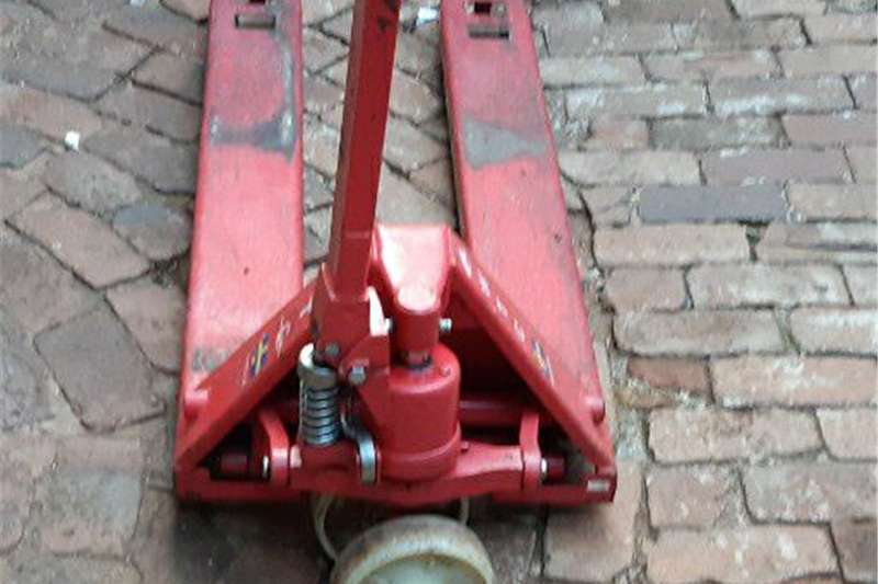 Packaging machinery  WTC Sweden 3 Ton Pallet Jack for sale Packhouse equipment