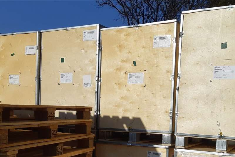 Packaging materials Crate Pallets Plywood and Aluminium for UNCLUTTER Packhouse equipment