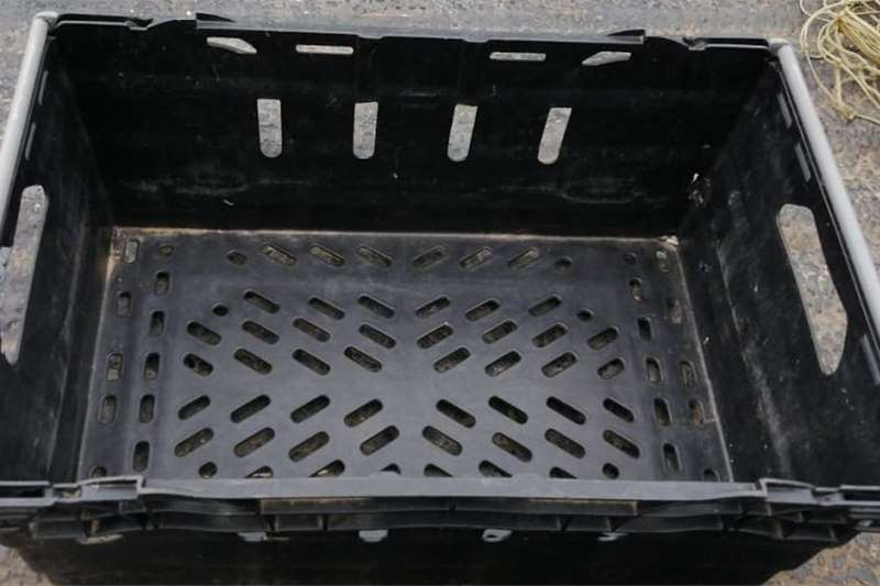 Packhouse equipment Packaging materials Solid plastic crates for sale   100 Available (Goo