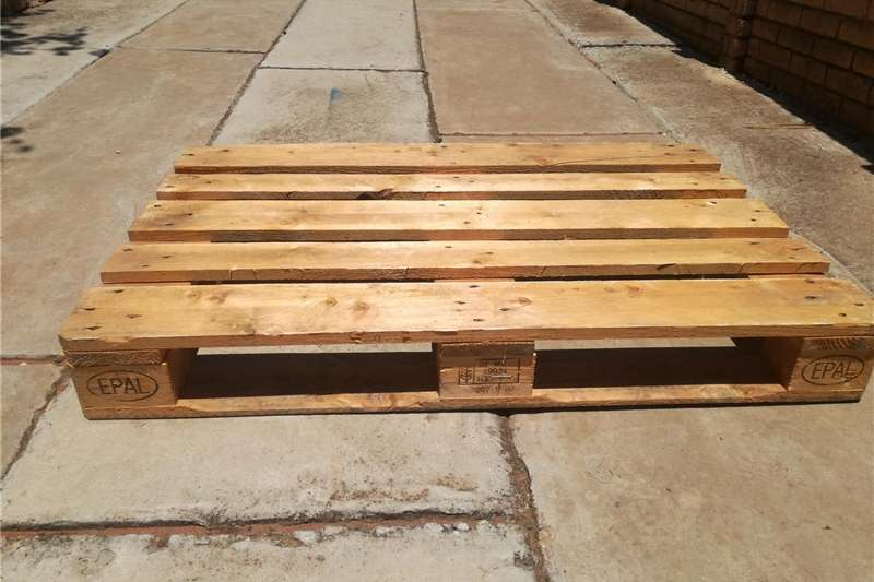 Packhouse equipment Pallets Euro Wooden Pallets