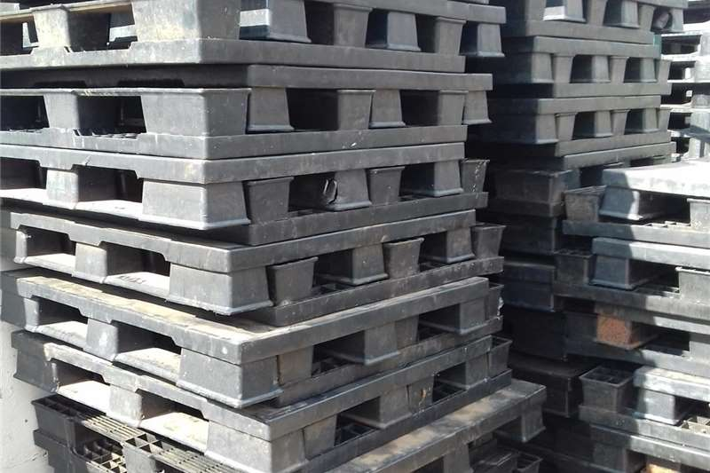 Packhouse equipment Pallets heavy and strong plastic pallets for sale