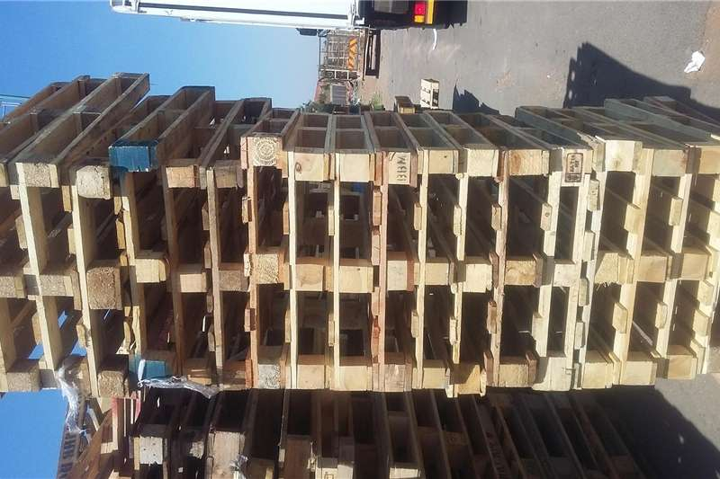 Packhouse equipment Pallets pallets for sale