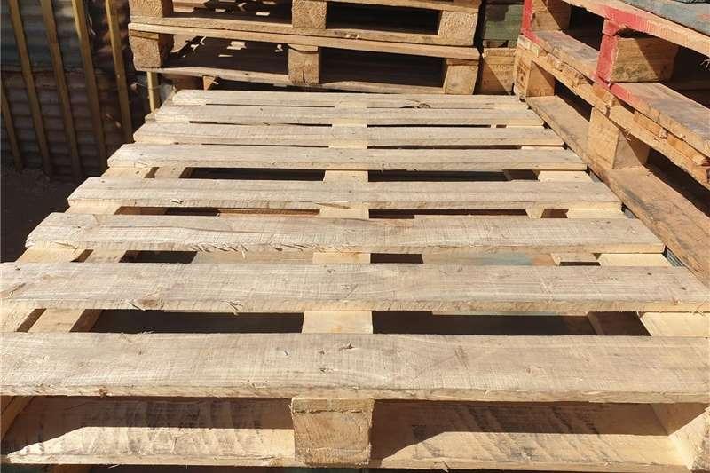 Pallets Pallets for sale Packhouse equipment
