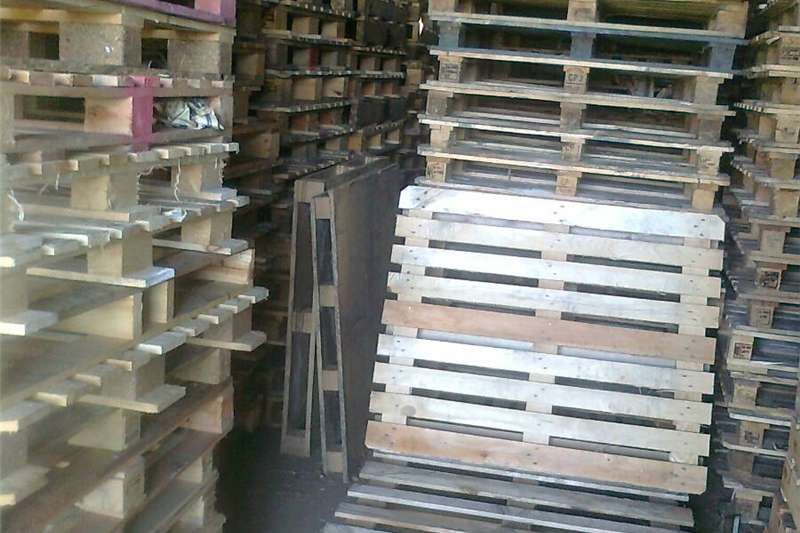 Packhouse equipment Pallets Pallets