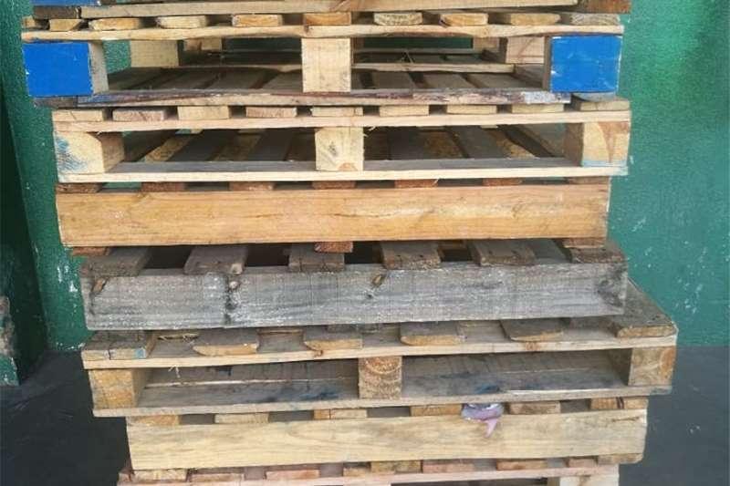 Pallets Refurbished  Pallets Packhouse equipment
