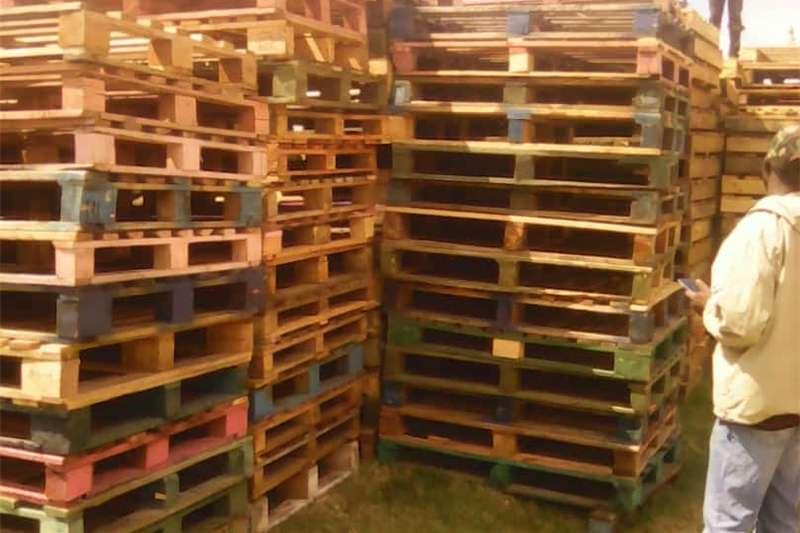 Packhouse equipment Pallets Wooden Pallets for sale