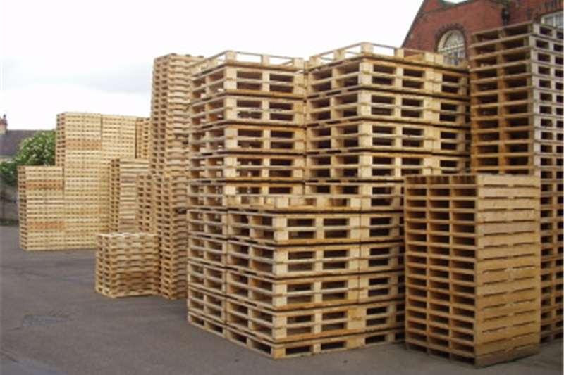 Packhouse equipment Pallets WOODEN PALLETS SHOP BOKSBURG R  39