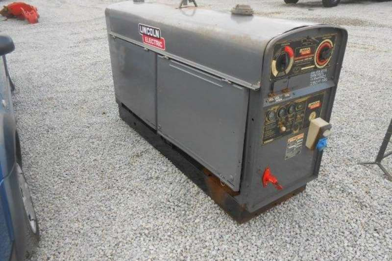 Perkins Lincoln Electric Shield Arc Sae 400 Diesel Welder Welder Generator Generator For Sale In Gauteng On Agrimag