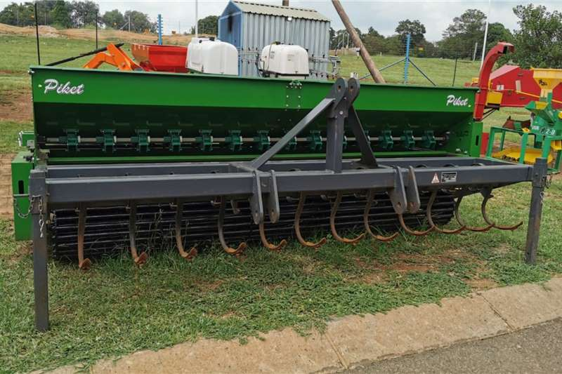 Piket Implements Planting and Seeding Piket 2.8m Demo Fine Seed Planter