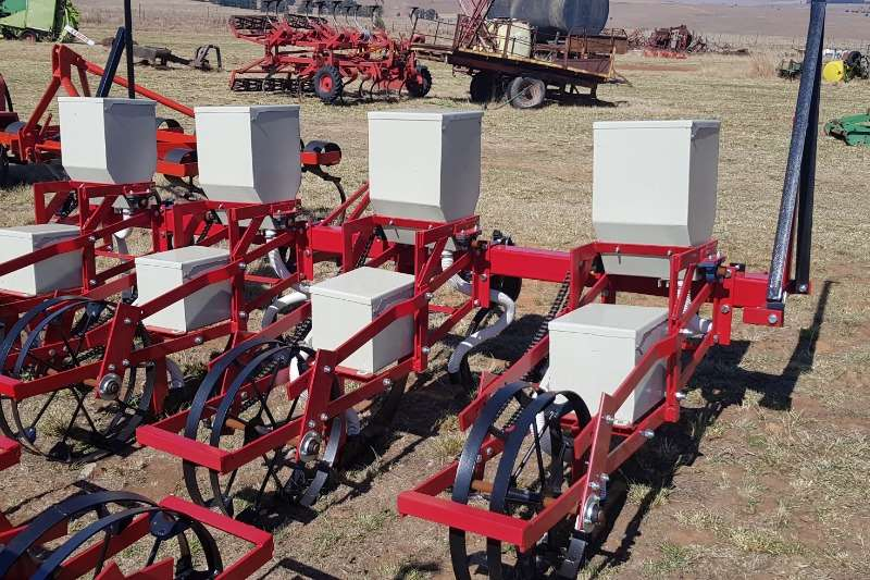 Planting and seeding Drawn planters 4 row planter  New (Lift planter) 60 kw