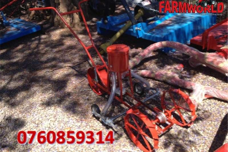 Planting and seeding Drawn planters S2709 Red NB 2 Row Maize Push Planter / 2 Ry Mieli