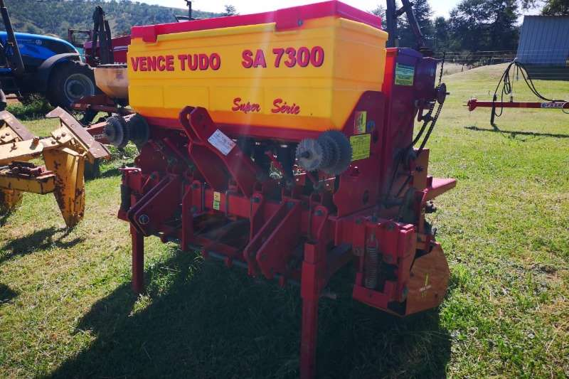 Planting and seeding Drawn planters Vence Tudo SA 7300 1.2meter Fine Seed Planter