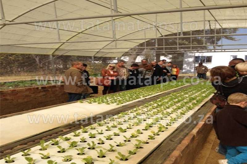 Planting and seeding equipment Drawn planters Growbed Liners