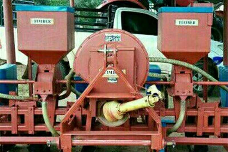 Drawn planters Planter for sale Planting and seeding equipment