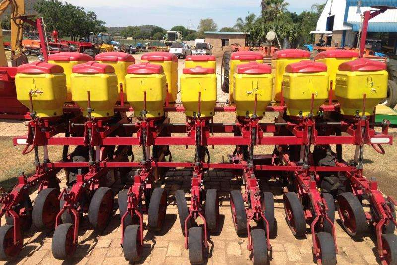 Planting and seeding equipment Drawn planters Vence Tudo Maize Planter(Soya)