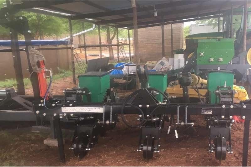 No till planters 3 Row Piket No Till Maize planter. 91cm spacing Planting and seeding equipment